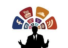 Illustration discours et réseaux sociaux.